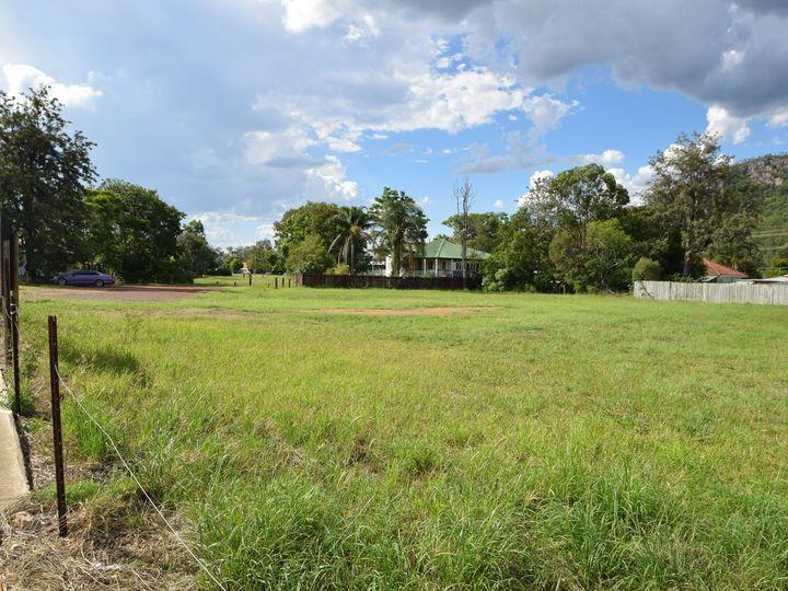 149-153 Ipswich Street, Esk, QLD
