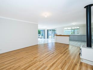 SPACIOUS FAMILY HOME - Cooloongup