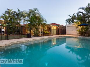 Immaculate family home! - Redland Bay