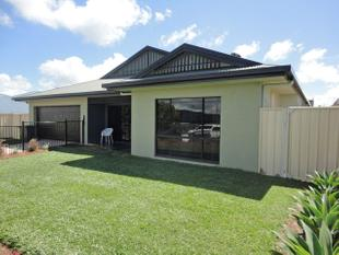 VERY LARGE FAMILY HOME - Atherton
