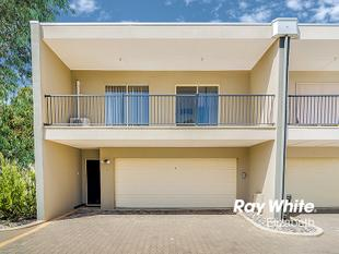 Very Modern And Very Desirable - Smithfield Plains