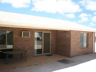 IDEALLY LOCATED UNIT - Denham