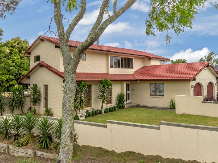 3 Estelle Place, Farm Cove, Manukau City