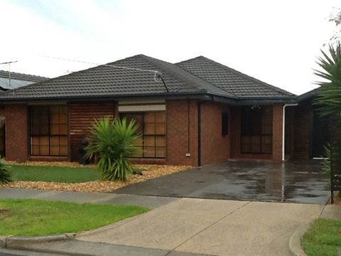 Altona Meadows, 26 Featherby Way