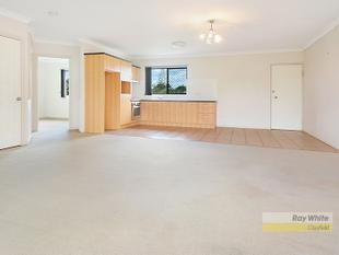 Top Floor & Private - Clayfield