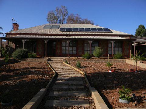 Port Augusta West, 8 Simmons Crescent