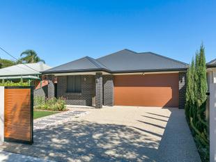 Modern and Stylish Living! - North Plympton