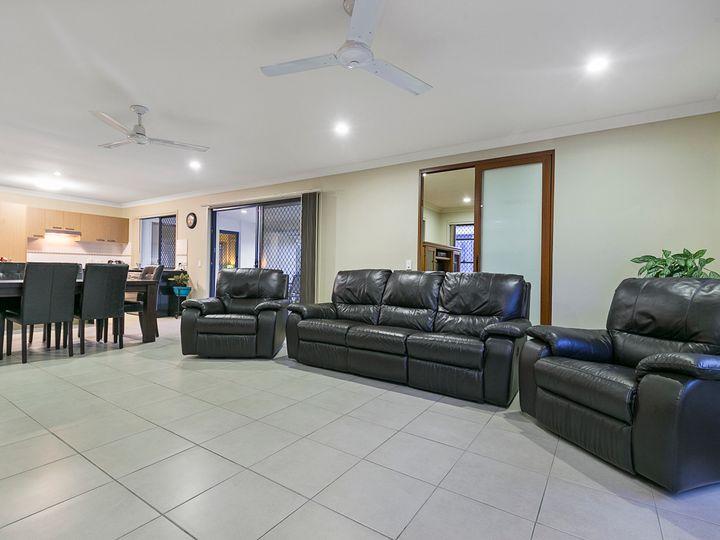 104 Pimelea Crescent, Mount Cotton, QLD