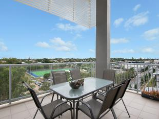 Premiere Unit, Top Floor with 180 Degree Views, Move In Now! - Chermside