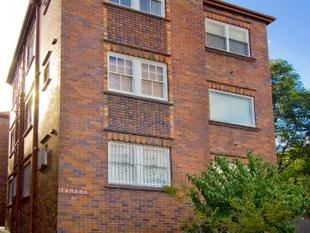 Character-filled Apartment in Excellent Location - Randwick
