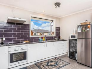 3 bedroom house - Royal Heights
