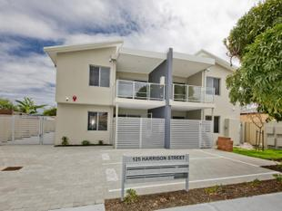Yes it is Under Offer - Nollamara