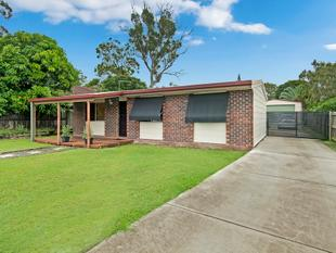 Centrally Located Fully Renovated Home - Loganlea