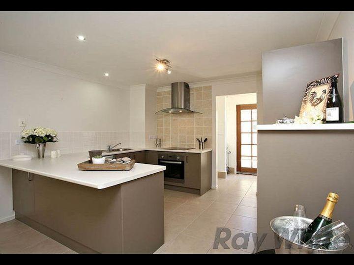 25A Russell Street, Silkstone, QLD