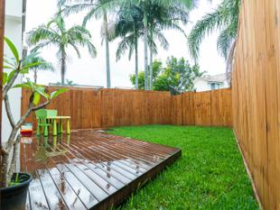 Quiet & Central Townhouse  Benowa School Catchment - Benowa
