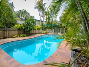 DUAL LIVING + POOL + LARGE SHED + LARGE PRIVATE BLOCK = COMPLETE PACKAGE - Sun Valley