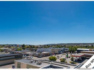Executive Lifestyle With Fantastic Views - Queanbeyan