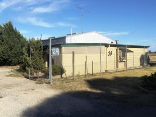UNIQUE INDUSTRIAL SHED WITH GRANNY FLAT - Nagambie