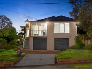 Superb Contemporary Standards and Style - Templestowe Lower