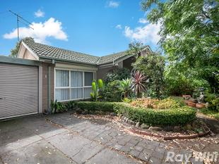 Spacious & Inviting! - Epping