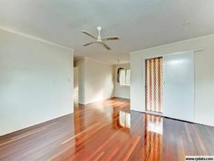 FANTASTIC HOME AWAITING YOU! - Acacia Ridge