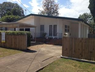 MODERN 3 BEDROOM HOME IN EXCELLENT LOCATION! - Acacia Ridge