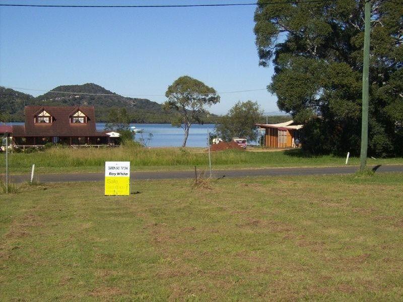 Redland Bay Water Front Rental Property
