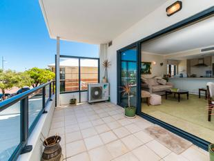 LAST CHANCE TO SECURE THIS BEAUTIFUL BEACHSIDE APARTMENT!! - Rockingham