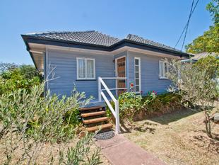 Fabulous Low Maintenance home with solar! - Rocklea