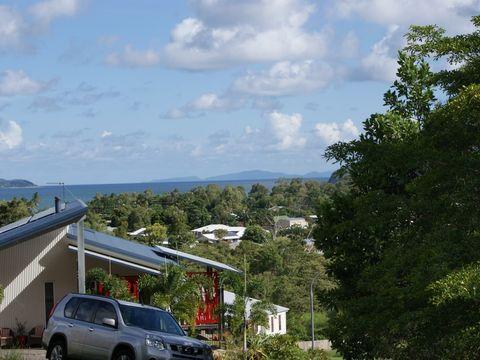 South Mission, 8 Bedarra Terrace