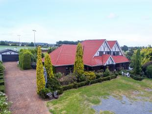 Iconic Wanganui Residence - College Estate
