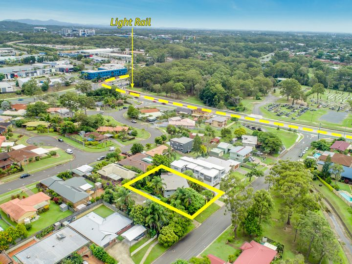 9 Bambarra Street, Southport, QLD
