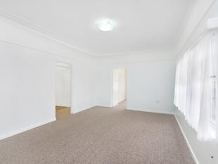 Two Bedroom Renovated, Unfurnished Apartment - Manly
