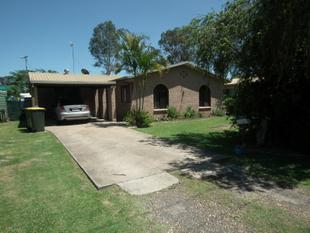 OUTSTANDING VALUE - 3 BEDROOM LOWSET  BRICK HOME - Granville