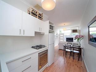 Classy Unit with Separate Studio - Mitcham