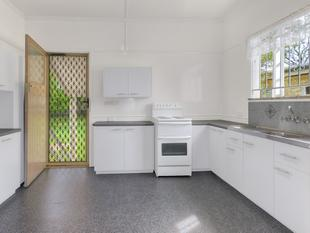 Neat and Tidy Three Bedroom Home! - Zillmere
