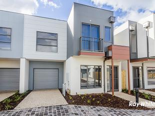 TOWNHOUSE IN QUARTERS - Cranbourne West