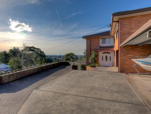 Mature, family friendly home! - Merewether