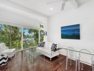 Large Light Filled Studio With Views In World Famous Location - Point Piper