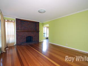 FAMILY FRIENDLY HOME IN GREAT LOCATION! - Mount Waverley