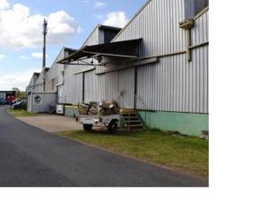 Bargain Inner City Industrial Space - Yeronga
