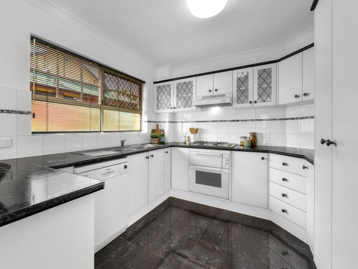 1/215 Baroona Road, Paddington, QLD