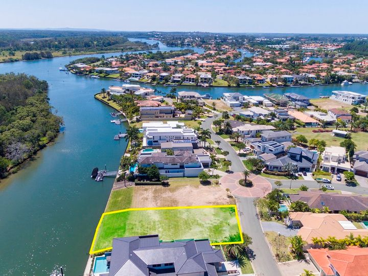 2515 Cressbrook Drive, Hope Island, QLD