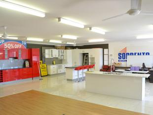 Upstairs Showroom - Must Be Leased! - Nerang