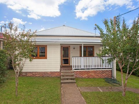 Dungog, 73 Brown Street