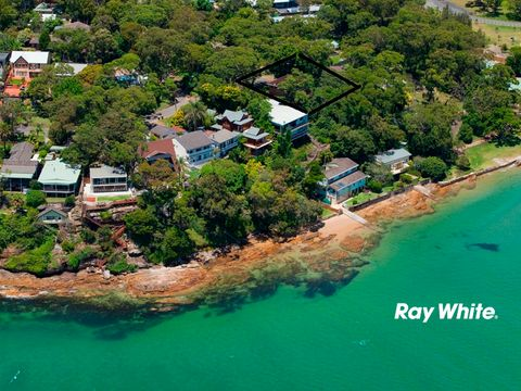 Bundeena, 55 Crammond Avenue