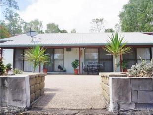 Secluded Townhouse surrounded by Parkland - Cannonvale