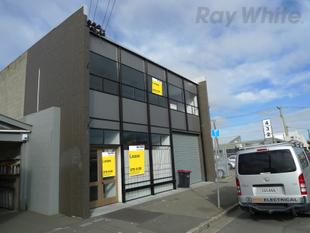 Light and Bright Office/Warehouse - Phillipstown