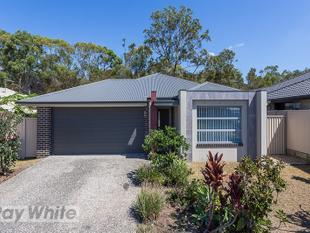AIR CONDITIONED MODERN 4 BEDROOM - READY NOW! - Redland Bay