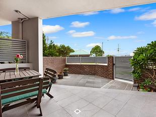 Modern Courtyard Apartment - Bexley